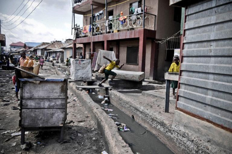 Surmonter les obstacles institutionnels et organisationnels à l'assainissement